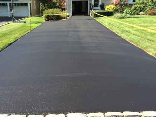 Sealcoating Asphalt Pavement North Carolina